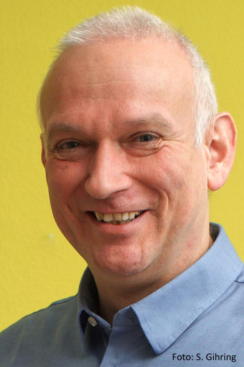 Dr. Christoph Ueffing